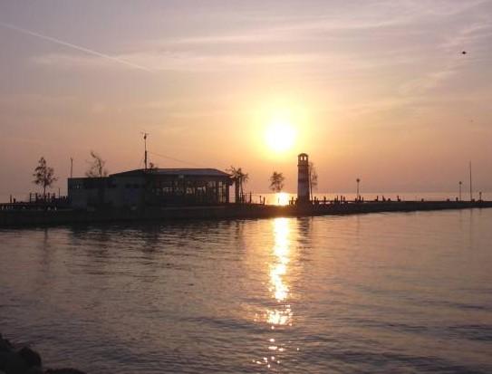 Sonnenuntergang am Strand von Podersdorf am See